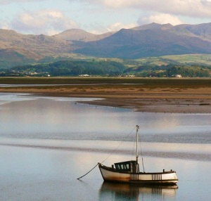 Boat_in_the_Duddon_estuary